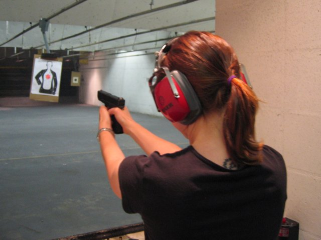 Shooting_range_Glock